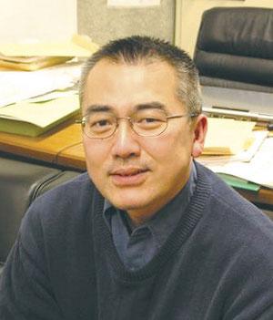 篠田徹(早稲田大学社会科学総合学術院教授)