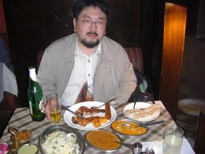 吉植庄栄氏